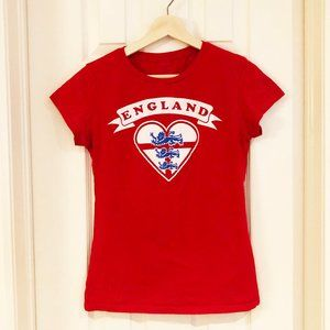 Cute England Heart Women's Fit Graphic T-Shirt
